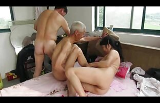 एक भारी स्तन के साथ हिंदी सेक्सी वीडियो फुल मूवी दो महिलाओं को जो व्यस्त हैं