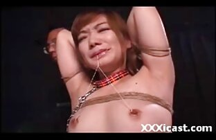 एक जवान सेक्सी मूवी वीडियो में सेक्सी आदमी और कमबख्त में
