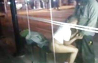 पतला 18 साल पुराने bf सेक्सी मूवी हिंदी लड़की जबरदस्त चुदाई बिस्तर पर और उसे बिल्ली को पथपाकर