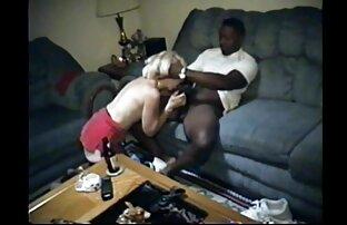 युवा बड़े आदमी सेक्सी मूवी वीडियो में सेक्सी अपने गधे हिला और हस्तमैथुन से पहले